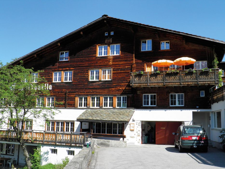 Outside area Youth Hostel Klosters