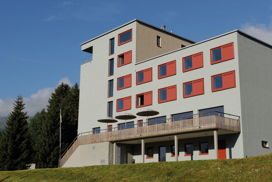 Exterior view and building Valbella-Lenzerheide Youth Hostel